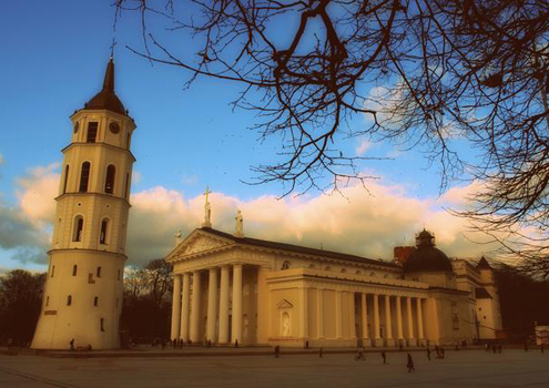Vilnius Cathedral links the Old Town with bustling Gedimino Prospekt