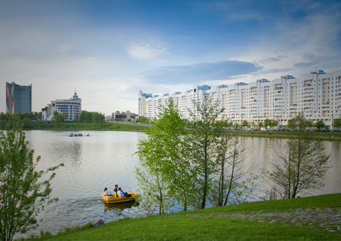 Minsk from the banks of the river Svislach